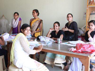 スジャータアシュラムの女性達